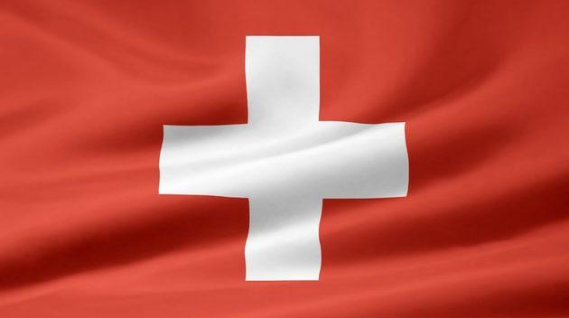 Schweiz tar asylsokandes pengar