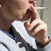 Luftsmuts varre an nar mamma roker