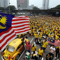 Over hundra massgravar funna i malaysia
