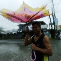 Desperat hjalpbehov i filippinerna